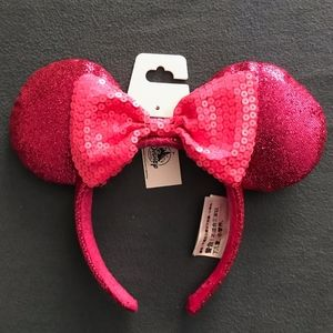 Disneyland Hot Pink Minnie Mouse Ears